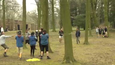 Des milliers de scouts réunis à Bruxelles pour un gigantesque jeu de rôles
