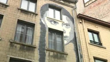 Le visage de l'activiste suédoise Greta Thunberg orne désormais un mur bruxellois