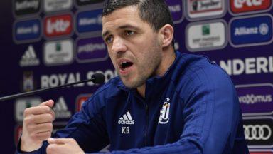 """Karim Belhocine rassure avant RSC Anderlecht-La Gantoise : """"Les joueurs vivent bien ensemble"""""""