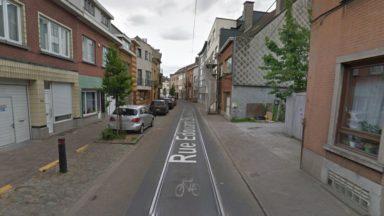 Evere : un effondrement de voirie dans la rue Edouard Stuckens, le tram 55 perturbé