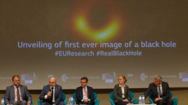 La première photo d'un trou noir prouve qu'un mouvement de rotation l'anime