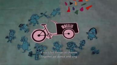 Wheelie : un projet de vélo électrique pour transporter l'art dans les écoles maternelles