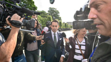 """Tom Van Grieken (Vlaams Belang) reçu au Palais royal : """"C'est la chose la plus normale au monde"""""""