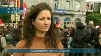 Une action contre l'extrême-droite et le fascisme rassemble plusieurs milliers de personnes place du Luxembourg