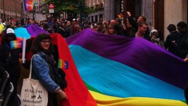 Plus de 200 personnes ont participé à la pride kick-off dans Bruxelles
