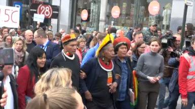 Climat : le chef indigène Raoni a marché avec les jeunes