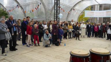 Environ 200 personnes se sont rassemblées pour la paix et le vivre ensemble à Schuman