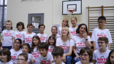 Angèle et 750 participants s'unissent une nouvelle fois pour lutter contre le cancer des enfants