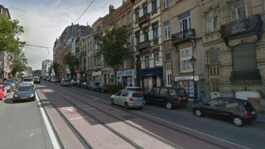 Incendie à Etterbeek : deux personnes intoxiquées hospitalisées