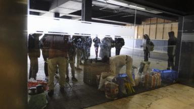 Seuls 140 réfugiés sur les quelque 200 de la gare du Nord ont trouvé un nouveau refuge