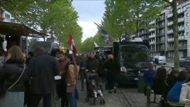 """Brussels Food Festival : une """"cantine mondiale"""" installée sur le boulevard du Souverain à Auderghem"""