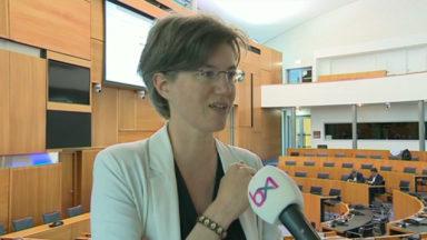 """Catherine Moureaux (PS) : """"La N-VA risque d'être incontournable si ces résultats se confirment"""""""