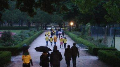 La marche pour la prévention du suicide a rassemblé 900 personnes au parc du Cinquantenaire