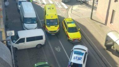 Schaerbeek : un automobiliste renverse une jeune fille et prend la fuite