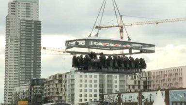 """""""Dinner in the sky"""", en route pour une nouvelle session surplombant le Canal de Bruxelles"""