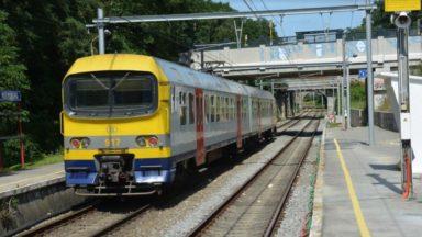 Uccle : un homme intercepté après avoir menacé de se suicider sur les voies de chemin de fer