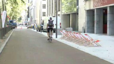La rue cyclable de l'avenue des Arts inaugurée : certains automobilistes encore confus