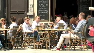 """Réouverture de l'horeca: les 19 bourgmestres vont se réunir pour """"éviter le chaos"""" le 1er mai"""
