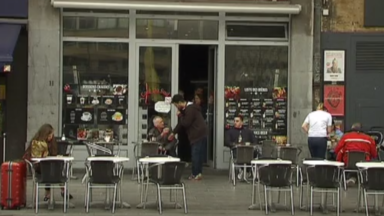 Ixelles : les terrasses devront fermer à minuit trente durant l'été