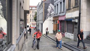 Bruegel s'invite dans les rues des Marolles : 14 nouvelles fresques