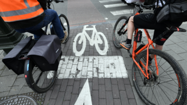 Un détecteur d'angle mort pour vélos et camions bientôt en test à Bruxelles