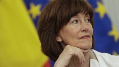 Commissaire européen : le PS propose Laurette Onkelinx