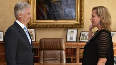 Liesbeth Homans a prêté serment en tant que ministre-présidente flamande