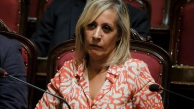 """Nadia El Yousfi critique """"l'opacité de Laurette Onkelinx"""" et de """"la direction du PS bruxellois"""""""