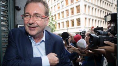 Les négociations pour former un gouvernement bruxellois prennent un jour de retard, plusieurs raisons évoquées