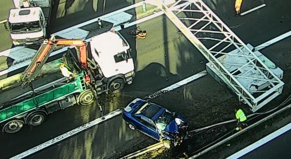 Accident Ring Piéton Panneau de signalisation Portique - Pompiers Walter Derieuw