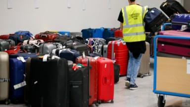 Bagages bloqués à Brussels Airport : Test Achats va aider les passagers pour une indemnisation