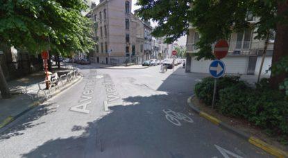 Carrefour Avenue des Deux Tilleuls - Woluwe-Saint-Lambert - Google Street View
