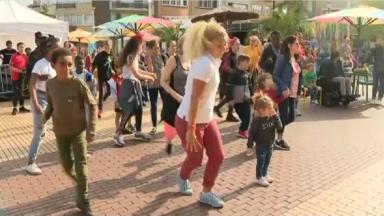 Hello Summer prend ses quartiers sur la place Peter Benoît à Neder-Over-Heembeek