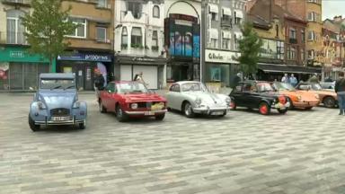Retro Jette : 36 voitures de collection ont déambulé dans les rues jettoises