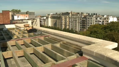 Rénover les co-propriétés en échange de la construction d'un appartement sur le toit des immeubles