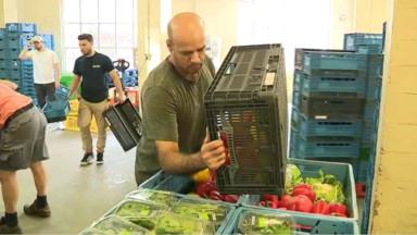 """""""La situation est grave"""" : les banques alimentaires s'inquiètent de l'hiver prochain"""