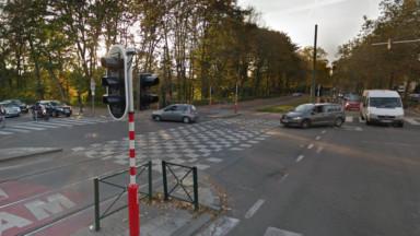 Schaerbeek : un conducteur de tram blessé suite à une collision avec un camion