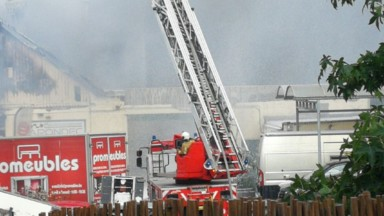 Incendie d'une carrosserie à Schaerbeek : les mesures de sécurité levées