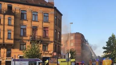 Schaerbeek : une dizaine de personnes touchées par un incendie dans un immeuble