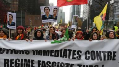 Des manifestants ont protesté à Bruxelles contre la mainmise du pouvoir turc sur les localités prokurdes