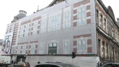 Le Conservatoire royal de Bruxelles arbore une bâche qui purifie l'air