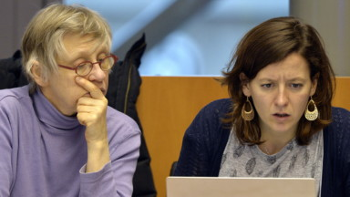 Parlement bruxellois : deux ex-députées PTB offrent leur indemnité de sortie de 100.000 euros à des asbl