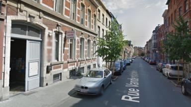 Réquisition citoyenne d'un bâtiment vide pour les sans-papiers