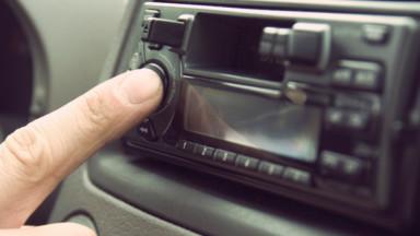 Le Conseil d'Etat suspend à nouveau l'attribution de licences à Fun Radio, LN24 et NRJ