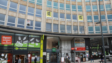 Le siège du Vlaams Belang a été vandalisé, une enquête en cours
