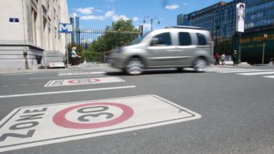 Bruxelles en zone 30 : la Région prépare les changements de signalisation