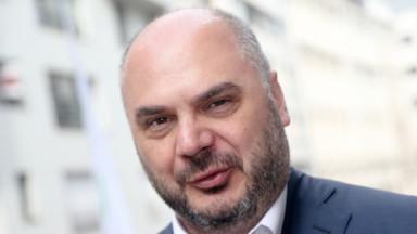 Ixelles : la présidence du conseil communal fait débat
