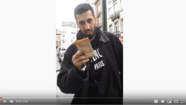"""La chaîne Youtube """"Cache Cash"""" organise des chasses aux billets de banque à Bruxelles"""