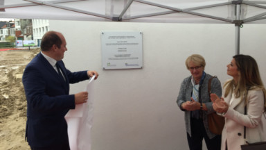 Le Fonds du logement inaugure 99 nouveaux logements passifs à Neder-Over-Heembeek