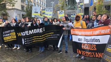 La FEF manifeste contre la précarité étudiante devant le siège du gouvernement
